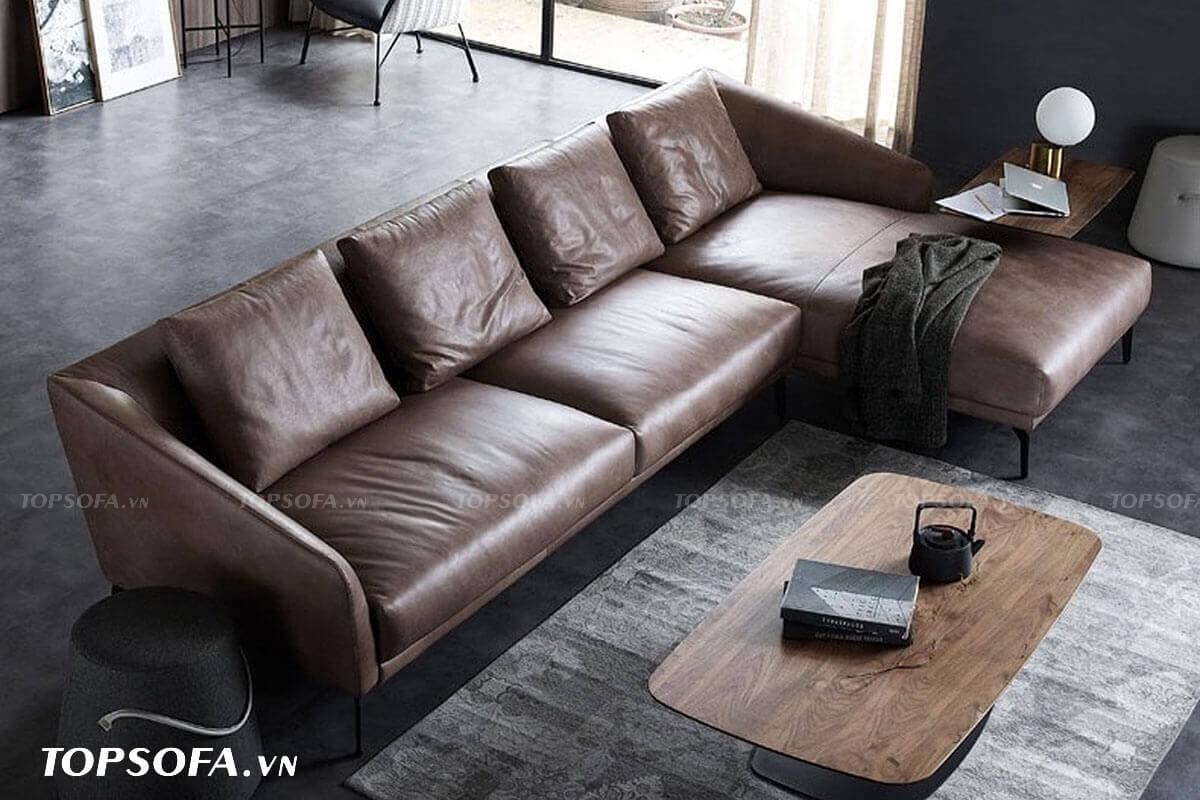 Sắc nâu cà phê kết hợp với chất liệu da mềm mại, kiểu dáng thanh cảnh của mẫu sofa góc phải này giúp đem lại cảm giác thoải mái cho người dùng mà rất dễ vệ sinh