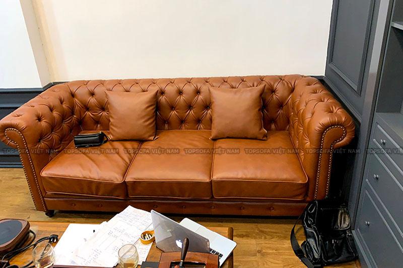 Sofa văng tân cổ điển TS508 có phong cách và kiểu dáng sang trọng, cổ điển nhưng cũng vô cùng hiện đại