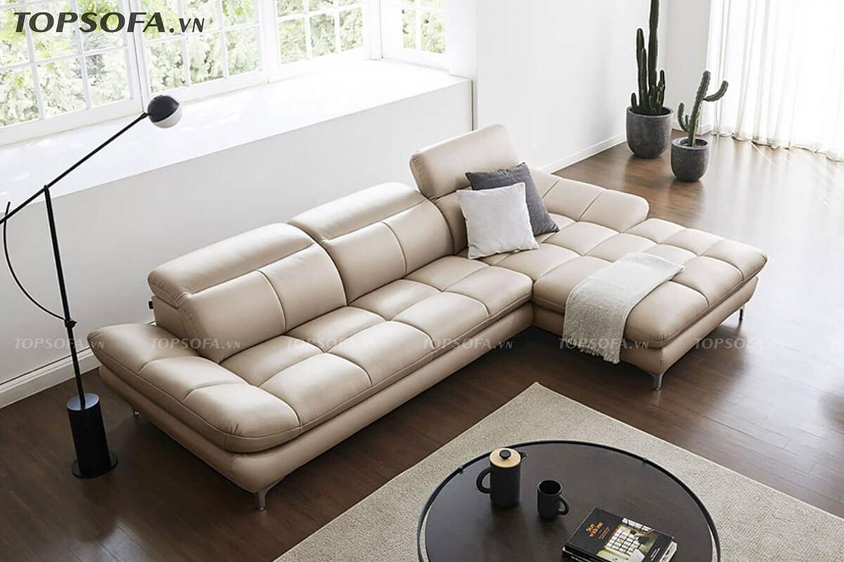 Với phần tay vịn chỉ hơi nghếch lên, lưng tựa uốn cong nâng đỡ phần lưng phía trước, tựa đầu có thể điều chỉnh linh hoạt, mẫu sofa góc phải này mang lại sự thư giãn, thoải mái tối đa cho người dùng