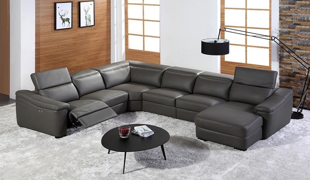 Sofa góc là sofa có được thiết kế gồm từ 2 đến 3 phần ghép lại với nhau tại 1 đến 2 điểm.