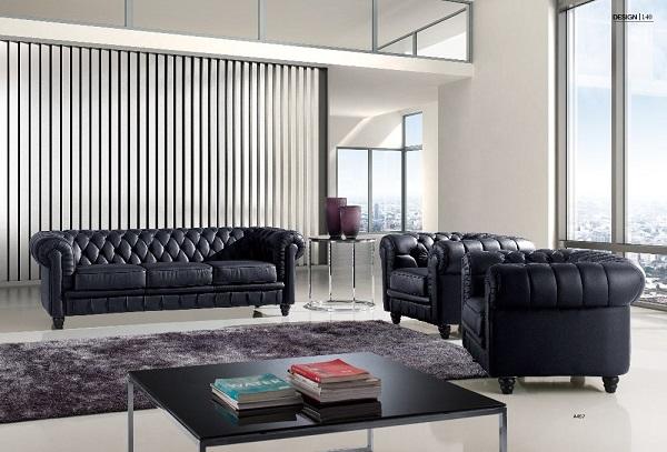Bộ sofa da màu đen tân cổ điển này có thiết kế độc đáo với phần chân ghế được mài dũa công phu, thon nhỏ dần về phía ngọn nhưng vẫn tạo nên sự vững chắc. Bạn có thể kết hợp bộ sofa da màu đen tân cổ điển trong cùng các món đồ nội thất khác để hoàn thiện không gian nội thất gia đình.