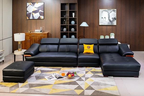 Sofa da màu đen kiểu dáng hiện đại có kiểu dáng sang trọng, thiết kế độc đáo giúp bạn có thể khai thác được hết tính năng của sản phẩm. Điểm độc đáo của mẫu này là thiết kế dáng sofa giường nằm đi kèm giúp bạn dễ dàng nghỉ ngơi, thư giãn