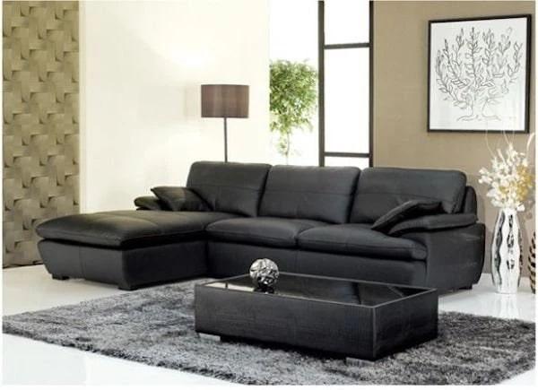 Đẳng cấp, sang trọng là những tính từ phù hợp dùng để miêu tả bộ sofa này. Thiết kế tinh tế với đệm ngồi 2 mang lại cảm giác êm ái, vẻ đẹp hoàn hảo và giúp bạn dễ dàng vệ sinh sản phẩm