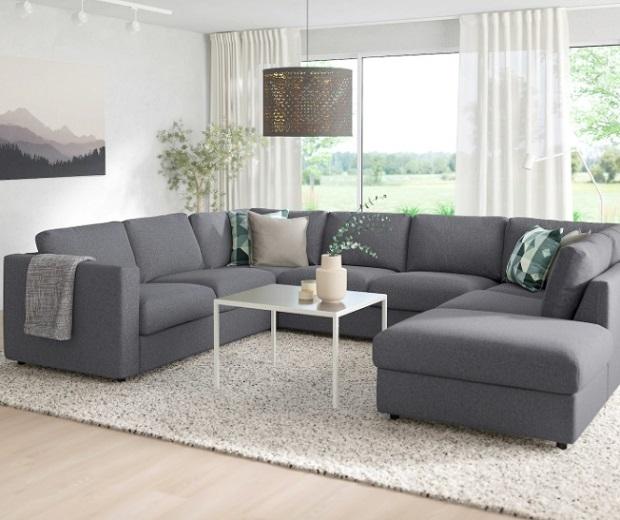 Sofa nỉ chữ U thường có kích thước khá rộng, thích hợp với những không gian rộng rãi, thoáng mát.