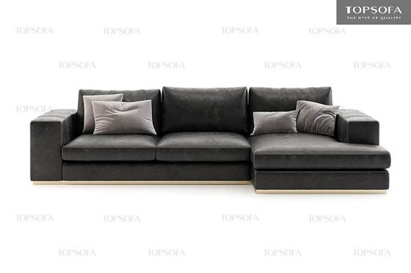 Dù được thiết kế đơn giản như những khối vuông vắn ghép lại nhưng bộ sofa góc L vẫn toát lên vẻ sang trọng, cá tính nhờ sử dụng da công nghiệp Nhật Bản màu xám lông chuột bọc ngoài.