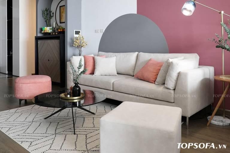 Mẫu sofa văng trắng sữa TS339 của Topsofa này sở hữu kiểu dáng đơn giản, thiết kế chân ghế thanh mảnh cùng đệm ngồi êm ái. Khi kết hợp với ghế bành và ghế đôn nhỏ sẽ giúp mang đến vẻ đẹp thời thượng cho cả không gian.