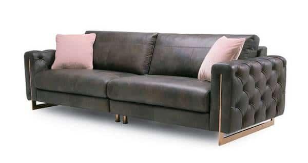 Mẫu sofa này sử dụng chất liệu da công nghiệp Nhật Bản cao cấp cùng thiết kế công phu thời thượng. Bộ sofa phù hợp với những không gian sang trọng, đẳng cấp.