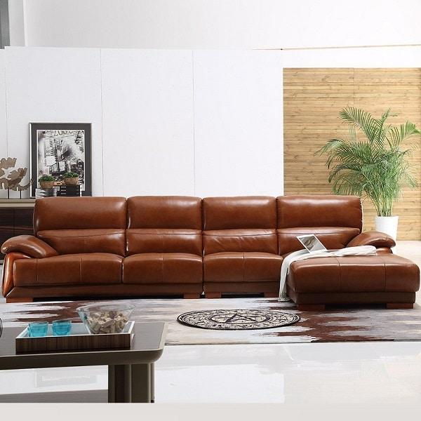 Sofa da màu nâu cao cấp kiểu dáng chữ L với lớp tựa lưng và phần đệm ngồi được lót đệm cực êm ái.