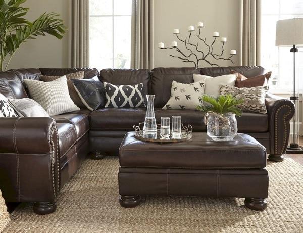 Sofa da thật thiết kế chữ L rộng rãi phù hợp với những căn phòng có diện tích lớn.