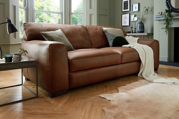 Được sản xuất từ chất liệu da Microfiber cao cấp nên khách hàng hoàn toàn có thể yên tâm về chất lượng. Thiết kế 2 chỗ cùng với phần đệm tựa êm ái, đây là mẫu sofa văng đơn được nhiều gia đình chọn lựa.