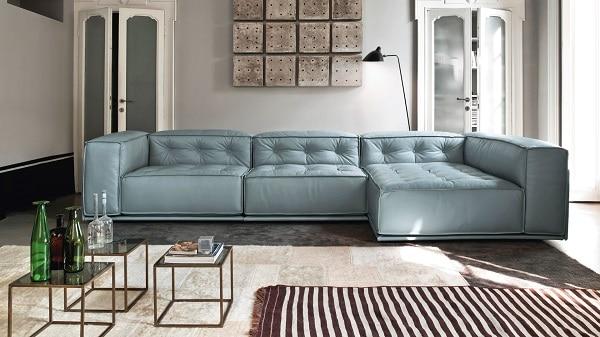 Sofa da kiểu dáng chữ L tích hợp 2 chỗ ngồi và một ghế liền vừa có thể dùng ngồi vừa có thể dùng nằm thư giãn. Sofa dạng bệt, kích thước vừa phải hợp với các không gian sạch sẽ, thoáng đãng. Màu sắc dịu nhẹ, bắt mắt tạo cho không gian một sự hài hòa vượt trội.