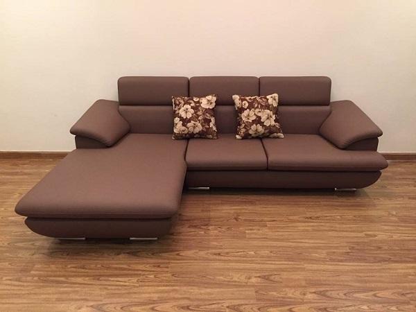 Không chỉ đẹp mắt, mẫu sofa góc trái này còn chiếm được cảm tình của nhiều khách hàng bởi chất liệu da nhập khẩu Malaysia mềm mại và mút nhập khẩu có tính đàn hồi siêu việt
