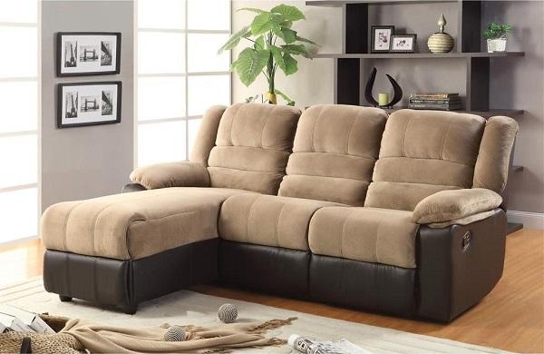 Thiết kế hai lớp đệm, phần lưng ngả ra không những giúp mẫu sofa góc trái trông đồ sộ hơn mà còn mang đến sự êm ái, thoải mái cho người dùng