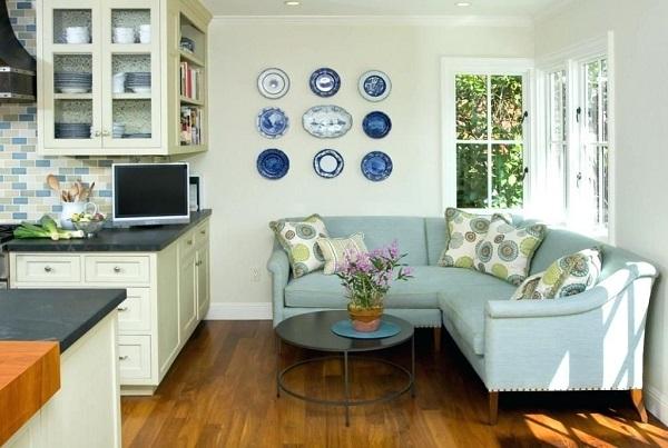 Sắc xanh dương pastel tươi sáng làm cho căn phòng trông rộng rãi, mát mẻ hơn và tạo cảm giác dễ chịu cho người dùng