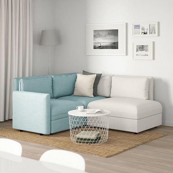 Được cấu tạo từ nhiều mô đun khác nhau, có thể chứa đồ bên trong và di chuyển linh hoạt tạo thành giường đơn khi cần, mẫu sofa góc 2m này vừa giúp tiết kiệm diện tích vừa mang lại sự tiện dụng cho người dùng