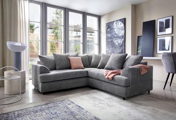 Các đường vân tinh tế cùng phần tay vịn bo cong không chỉ mang đến tính thẩm mỹ cho sofa góc 2m2 mà còn giúp người dùng có những trải nghiệm lý thú