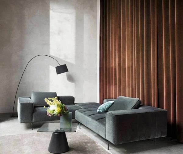 Sofa được làm bằng chất liệu nhung mang lại sự êm ái và thư giãn tuyệt vời nhất khi sử dụng.