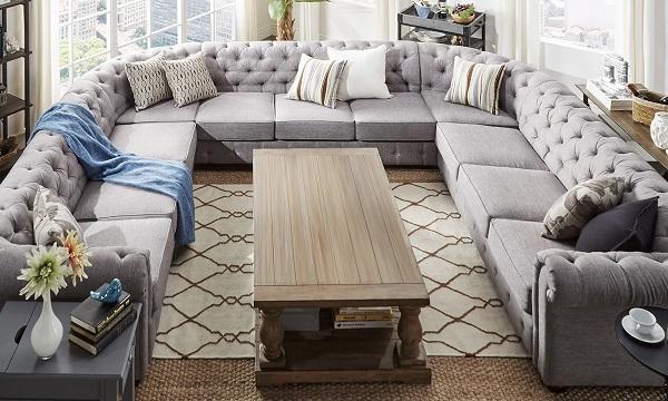 Sofa xám ngả tím này cũng là một trong số những sản phẩm với chất liệu, thiết kế và mẫu mã không thể chê vào đâu được