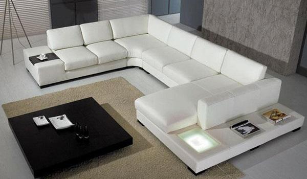 Sofa da trơn màu trắng đa chức năng sẽ là một sự lựa chọn tốt cho quý khách hàng đang sống trong không gian hiện đại, vừa trẻ trung, vừa tiện dụng.