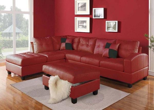 Mẫu sofa góc màu đỏ này phù hợp với không gian phòng đơn giản làm nổi bật sự tinh tế, thanh tao