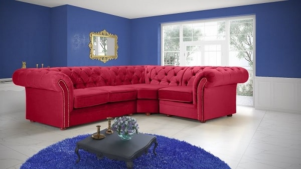Mẫu sofa góc màu đỏ này mang đến sự quý phái, quyền quý đậm chất đương đại, phù hợp với những không gian phòng sang trọng như biệt thự, khách sạn, nhà hàng