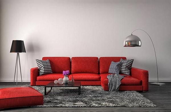 Mẫu sofa góc màu đỏ cam sẽ khiến cho không gian phòng của bạn trở nên tươi sáng và rực rỡ hơn rất nhiều