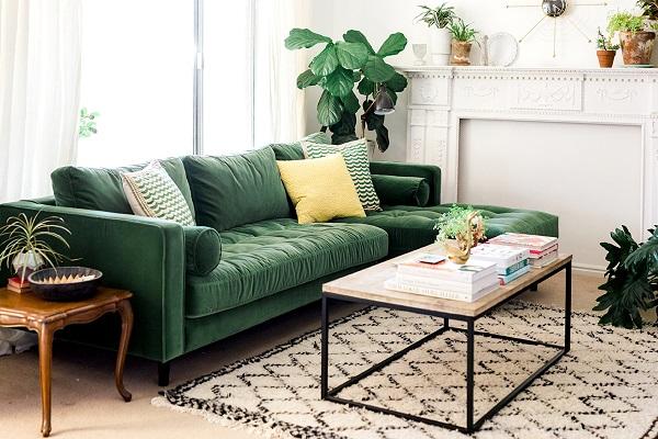 Lớp vải nhung êm mượt cùng màu xanh lá cây đậm mát mắt, những đường bọc đệm kẻ ô tinh tế của mẫu sofa góc này chắc chắn sẽ đem đến cho bạn một không gian tiếp khách, nghỉ dưỡng tuyệt vời nhất trong phòng khách nhỏ