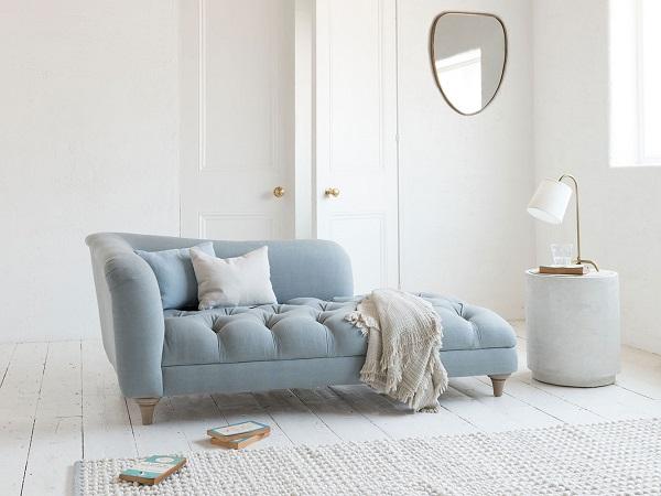 Thật tuyệt vời khi có một chiếc sofa độc đáo và mới mẻ như vậy trong căn nhà. Không chỉ đem lại vẻ thẩm mỹ, mà kiểu sofa này còn mang đến cảm giác đầy thư giãn cho chủ nhân.