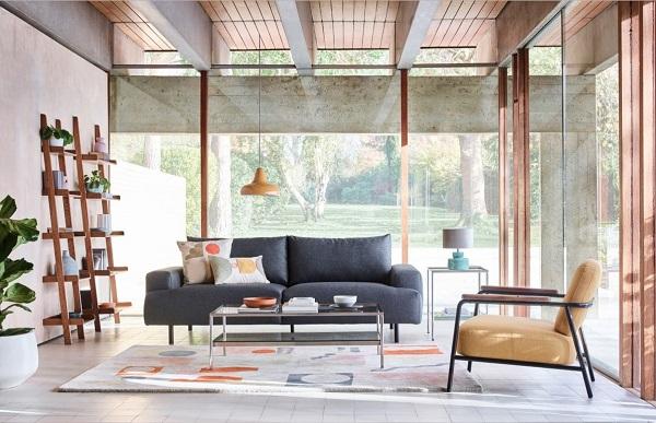 Bạn có thể kết hợp nhiều sản phẩm màu sắc trơn để tạo nên một không gian sống thú vị và nổi bật.