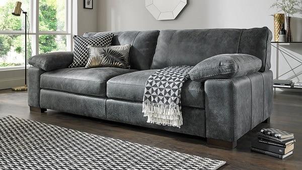 Với nhịp sống hiện đại, mẫu sofa văng 2 chỗ này không chỉ đảm bảo về mặt công năng mà còn mang lại tính thẩm mỹ cao cho không gian