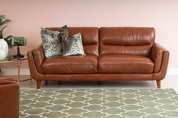 Màu nâu sáng cùng thiết kế đẹp mắt giúp mang lại vẻ đẹp thời thượng, sang trọng cho căn phòng.