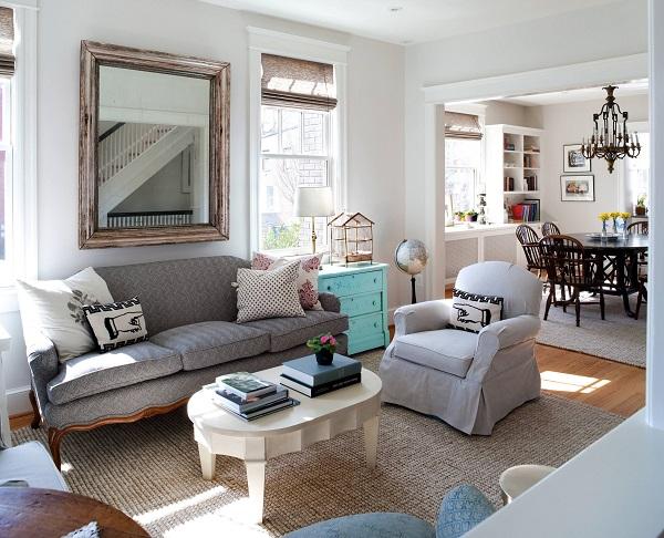 Màu sắc cũng như họa tiết chính là điểm nhấn cho chiếc ghế sofa này. Thiết kế vintage mang màu sắc mộc mạc vào không gian sống của bạn.