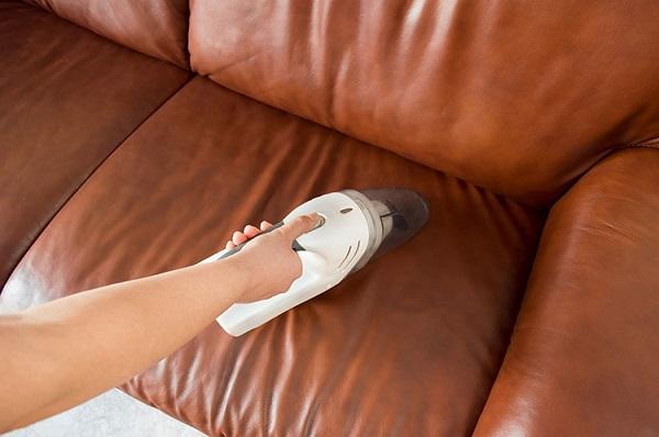 Tẩy mốc sofa giúp sản phẩm của bạn bền đẹp hơn.