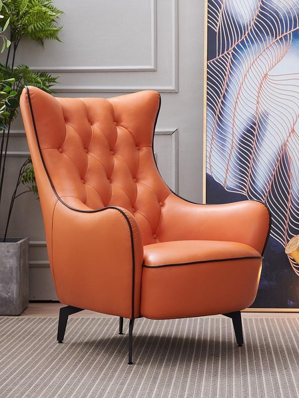 Với màu cam nổi bật cùng những đường viên đen tạo nên vẻ đẹp cá tính, mạnh mẽ cho sản phẩm