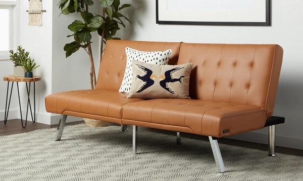 Mẫu sofa văng da mini này sẽ đem đến sự trẻ trung, thanh lịch cùng sự hiện đại, trẻ trung cho căn phòng của bạn