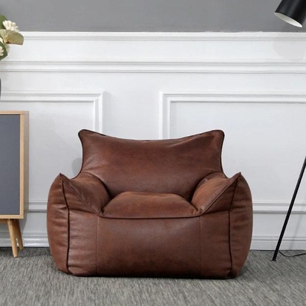 Mẫu sofa da mini này sẽ mang đến sự êm ái, thư giãn cho bạn sau những giờ học tập, lao động căng thẳng