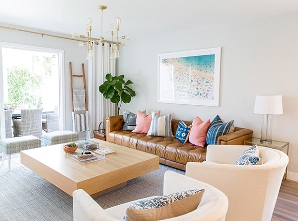 Bộ sofa da nhỏ mini này giúp cho căn phòng của bạn trở nên tươi mới, trẻ trung và một vẻ thanh khiết