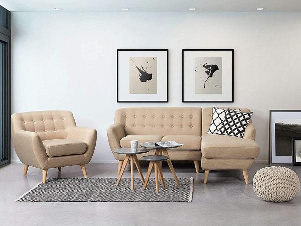 Chân gỗ mộc được thiết kế choãi ra để tạo độ vững chãi và gia tăng vẻ đẹp tự nhiên, mộc mạc cho mẫu sofa góc nhỏ gọn