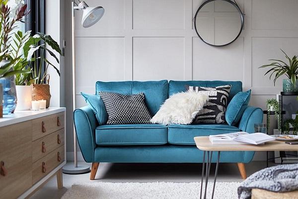 Sofa văng 2 chỗ có kích thước nhỏ gọn nhưng vẫn đáp ứng được hiệu quả thẩm mỹ và công năng.