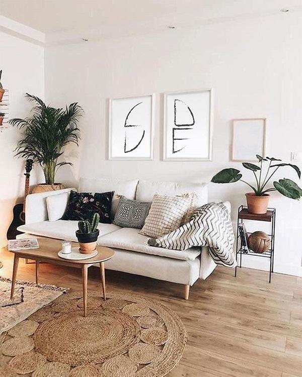 Mẫu sofa với diện tích nhỏ gọn rất phù hợp với những căn phòng có diện tích vừa và nhỏ.