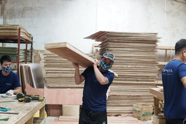 Gỗ làm sofa góc nhỏ gọn tại Topsofa là loại gỗ có chất lượng tốt để đảm bảo độ bền sản phẩm
