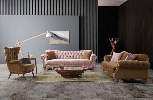 Trọn bộ sofa da lộn có thiết kế ấn tượng với khung ghế được làm từ gỗ cao cấp bền chắc. Lưng tựa ghế theo thiết kế rút cúc quen thuộc kết hợp với đệm ngồi êm ái. Kết hợp với bàn tròn để hoàn thiện bộ sản phẩm cho căn phòng của gia đình.