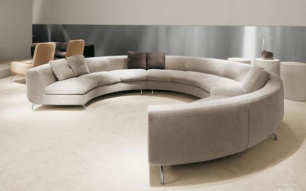 Sofa góc tròn mang lại vẻ đẹp mềm mại, độc đáo.
