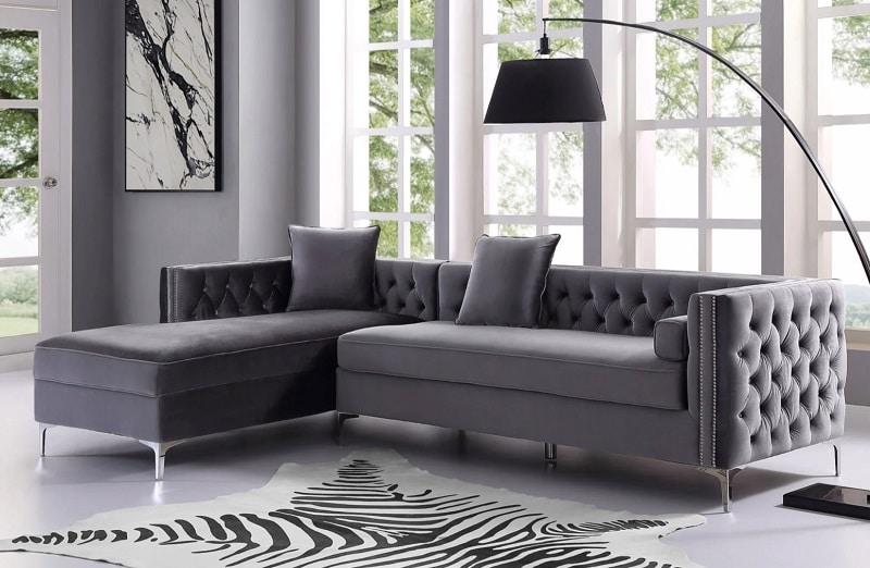 Hiện nay trên thị trường có nhiều kiểu dáng sofa khác nhau để bạn dễ dàng lựa chọn.