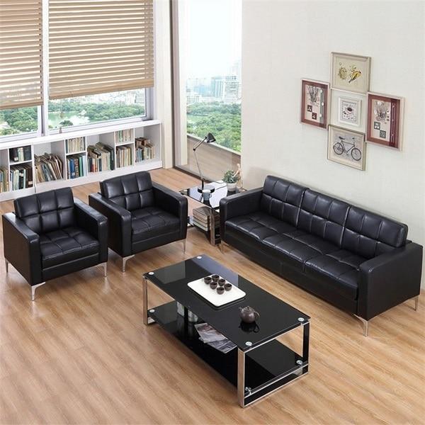 Kết hợp sofa văng với sofa đơn và bàn cà phê để có một không gian tiếp khách tiện nghi và lịch sự nhất.