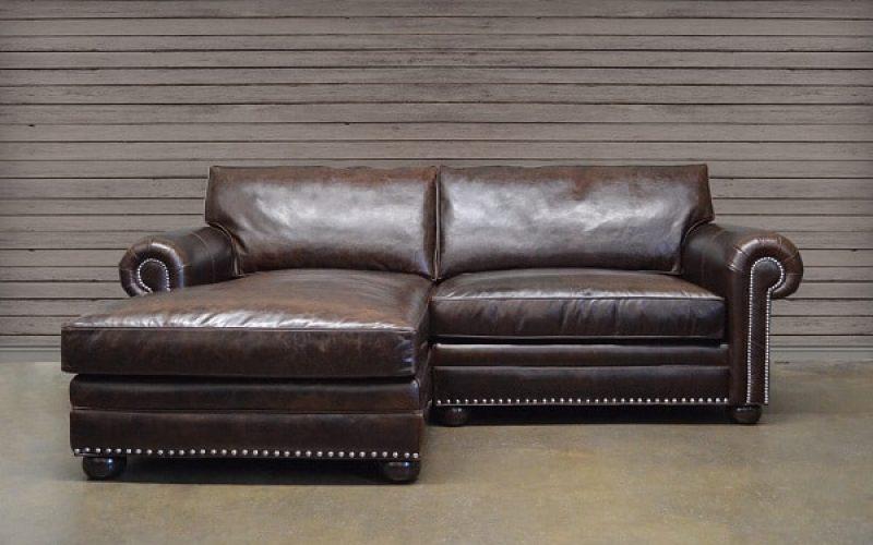 Mẫu sofa góc chữ L này sẽ mang đến sự trang trọng theo hướng cổ điển. Nó sẽ thu hút mọi ánh mắt của mọi khách hàng ngay từ cái nhìn đầu tiên
